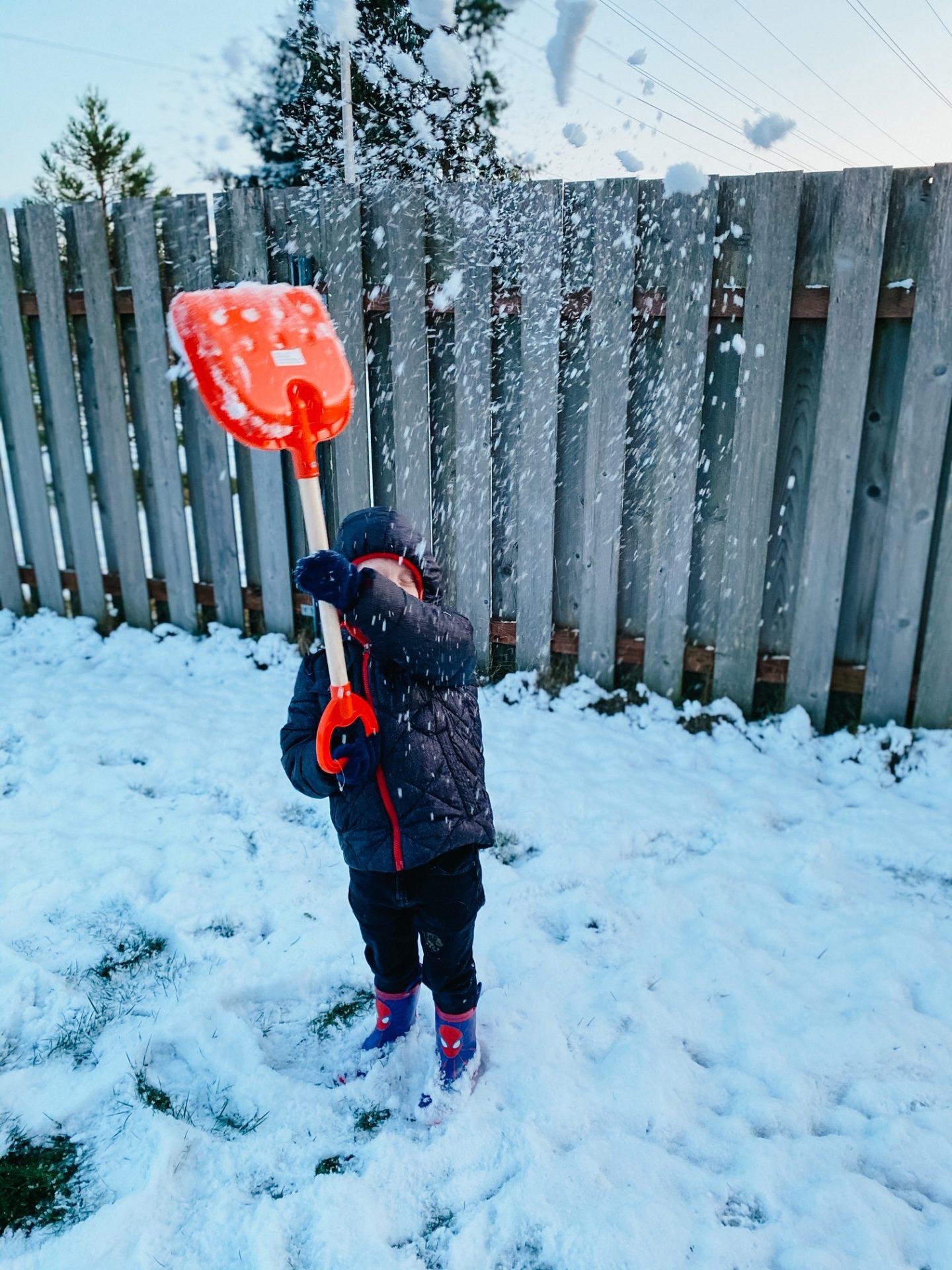snow jblm