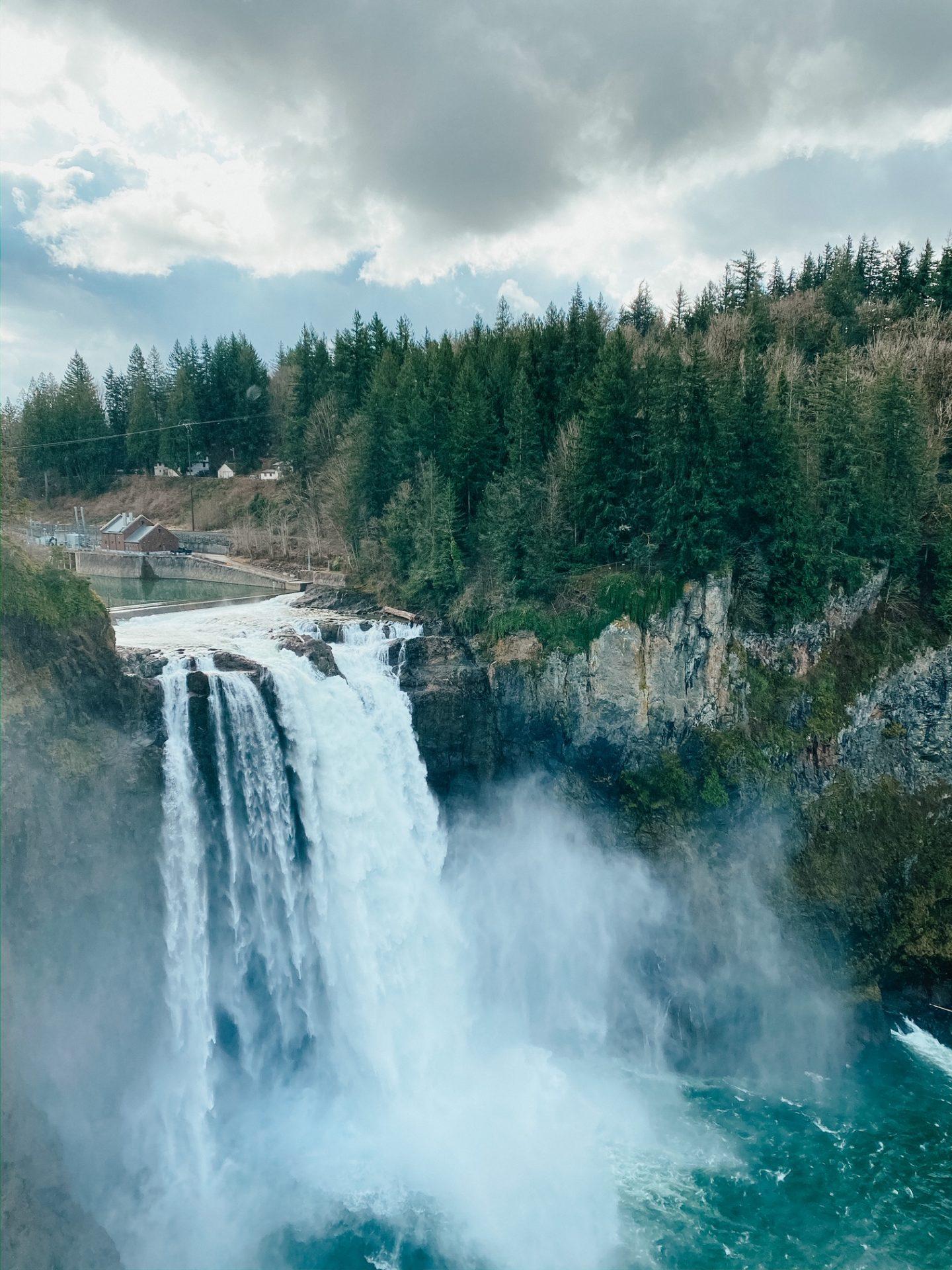 exploring snoqualmie falls