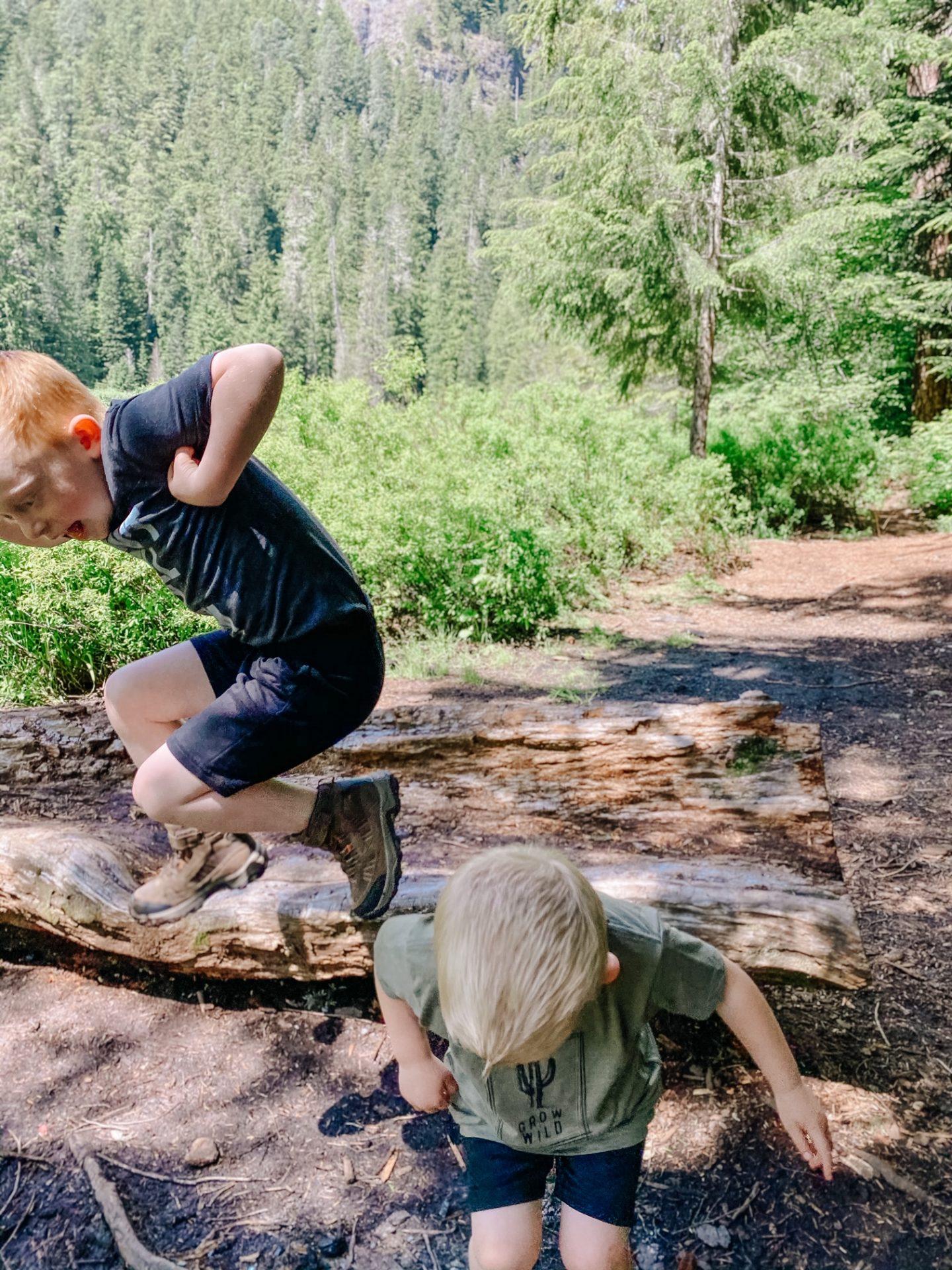 best outdoor kids clothing