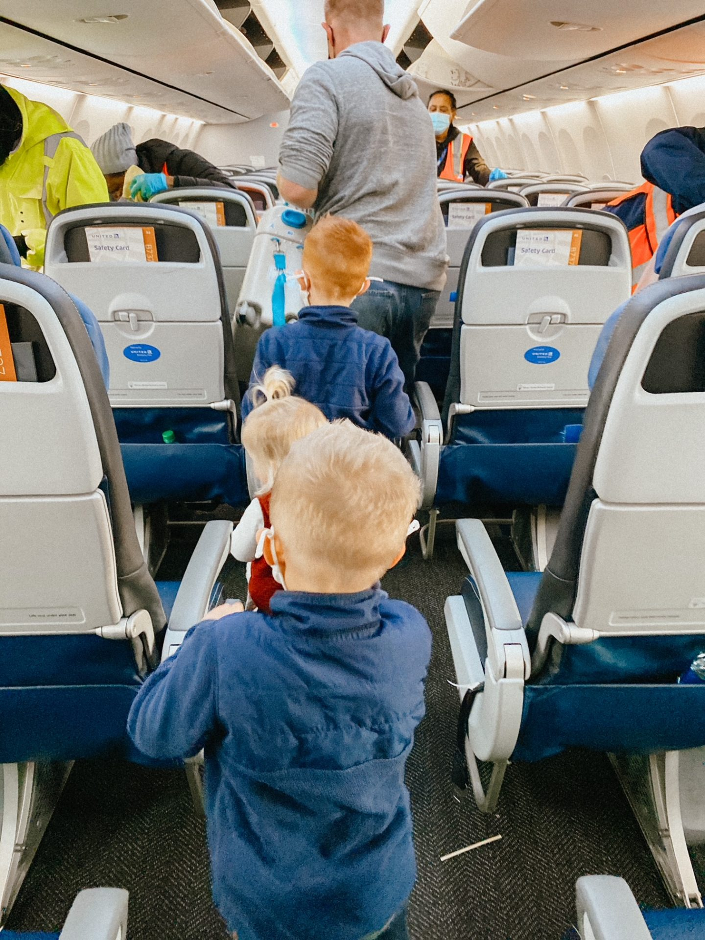 flying with kids during a pandemic