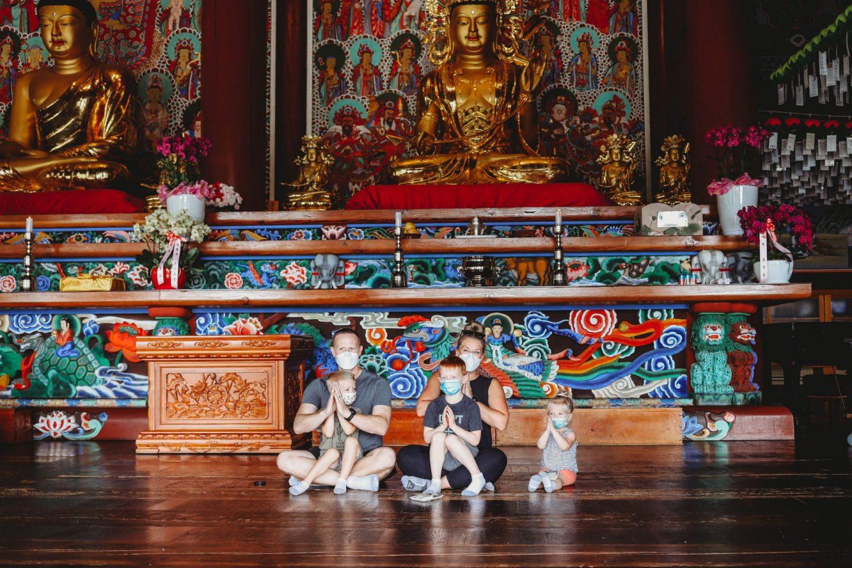 can kids visit gakwonsa temple