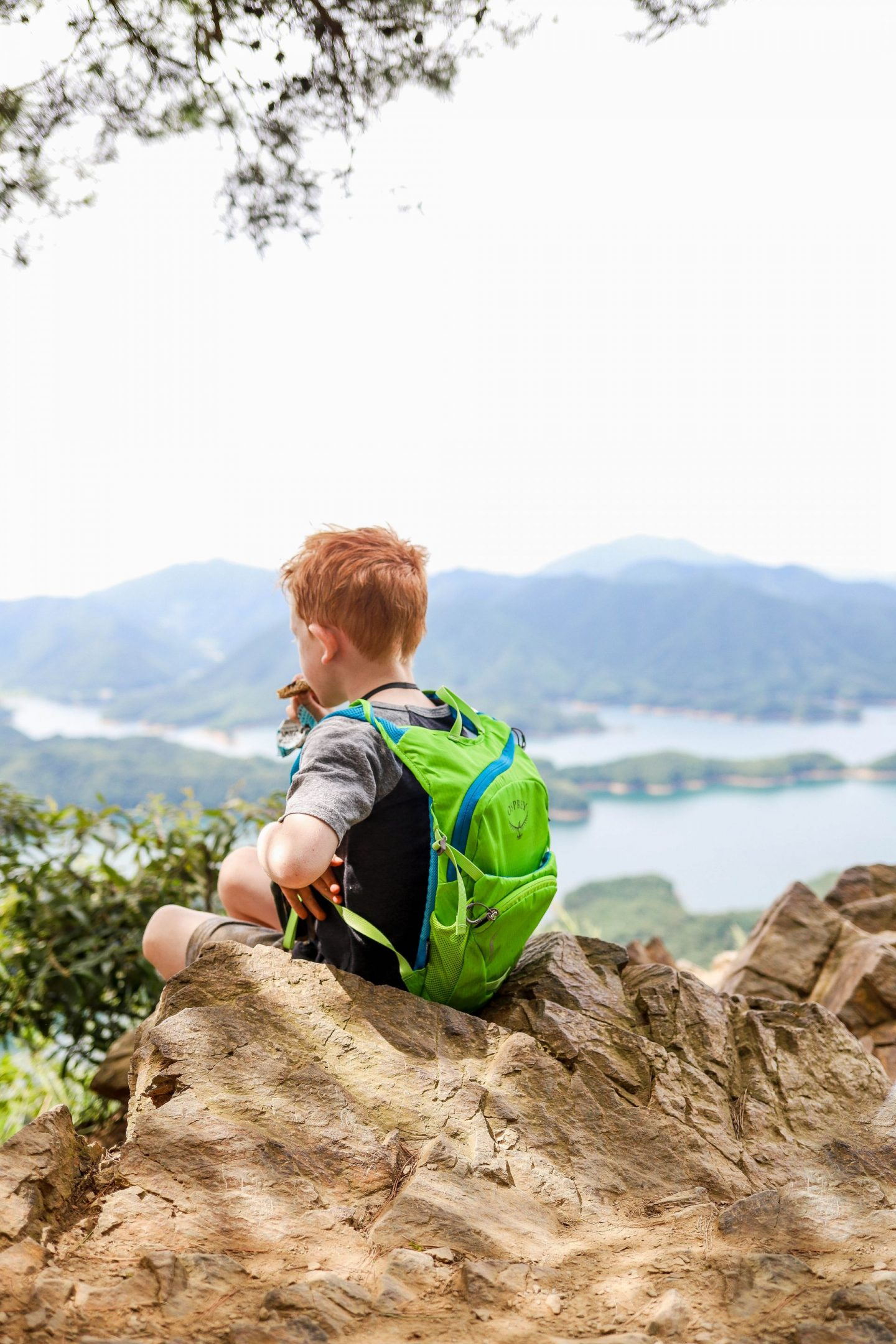 hiking with kids in korea