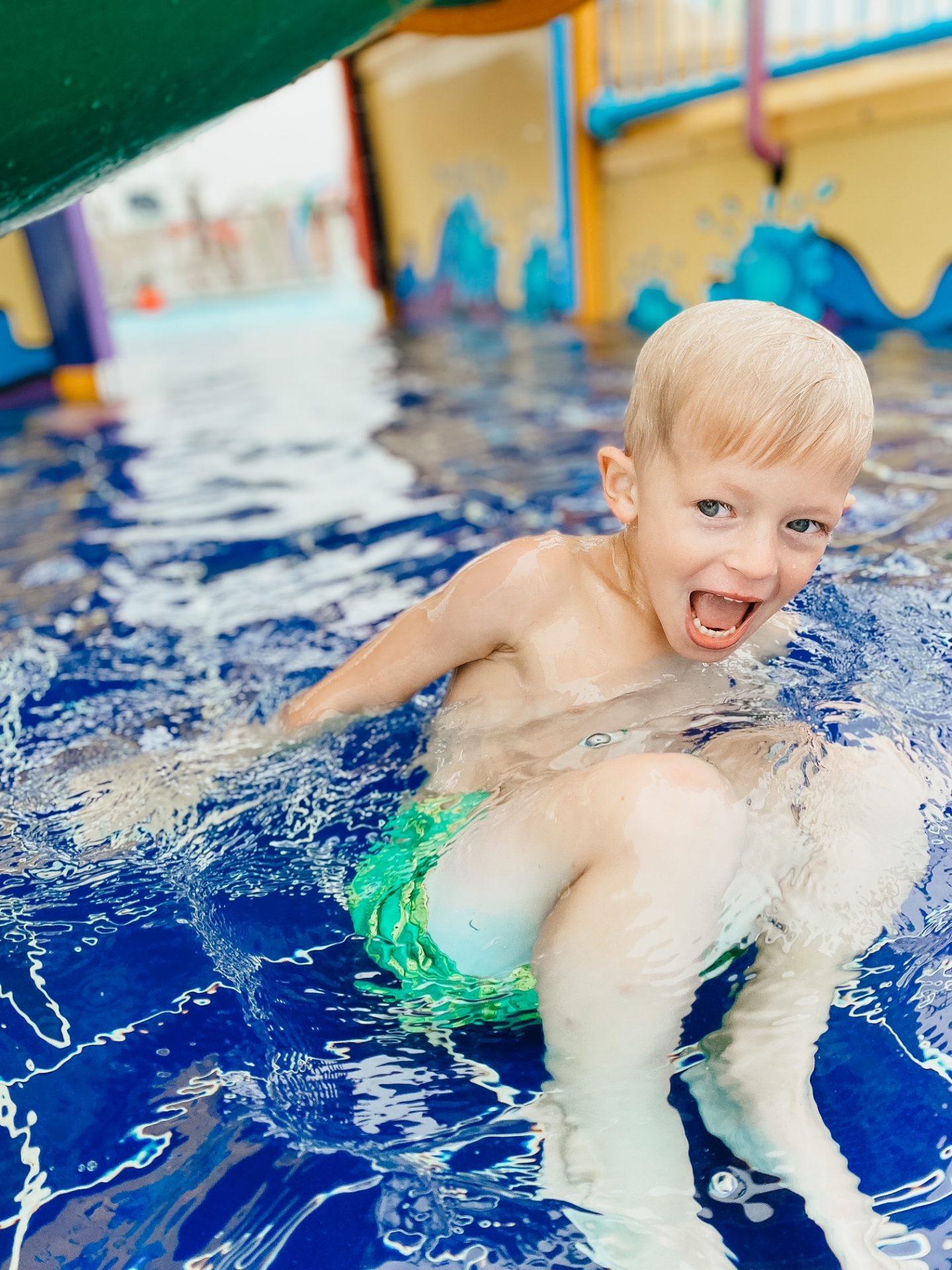 camp humphreys outdoor pool