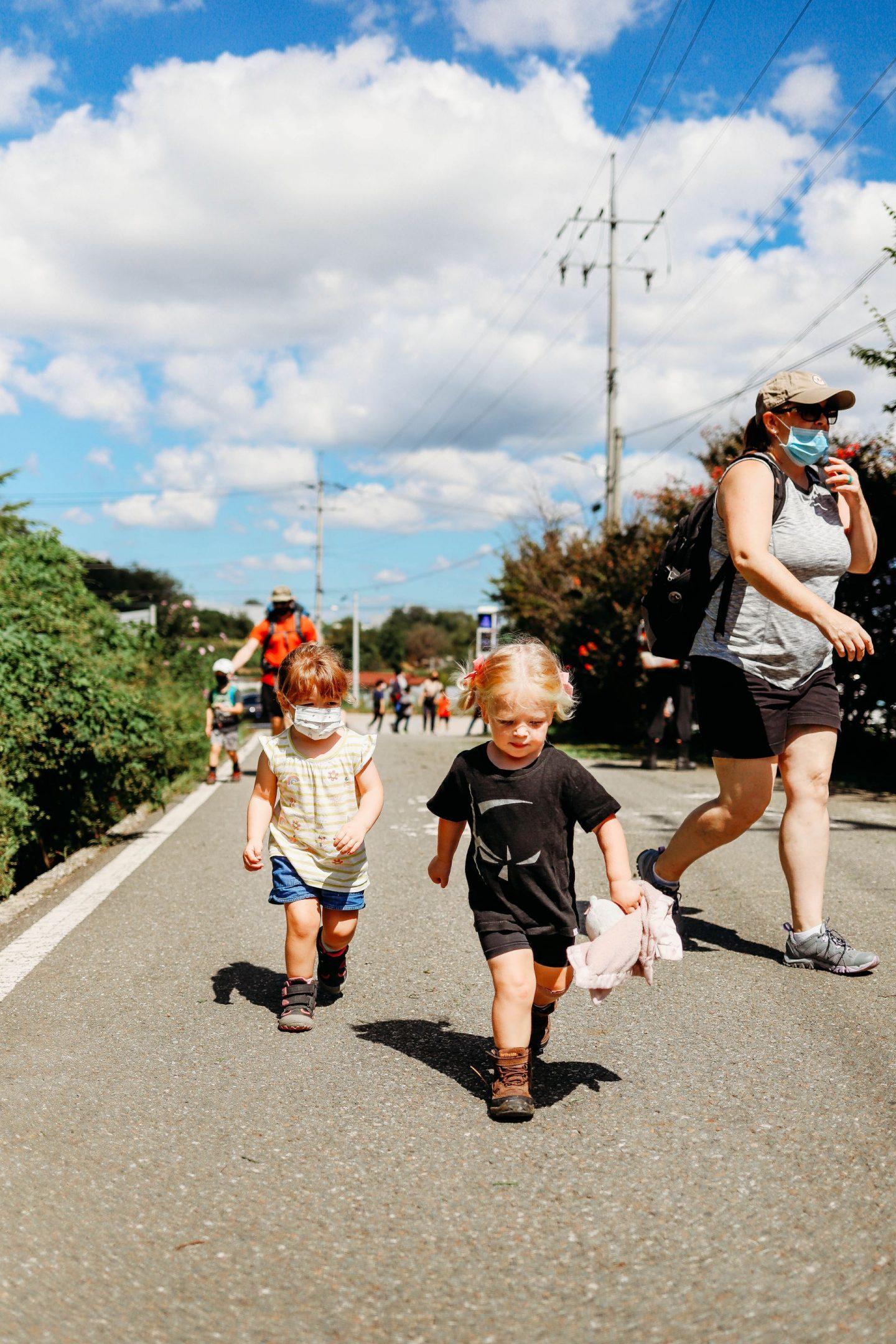 hiking korea with kids